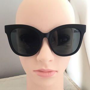 Quay Australia It's My Way Black/Smoke Sunglasses